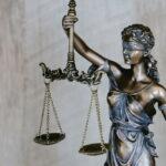 Codigo y ley